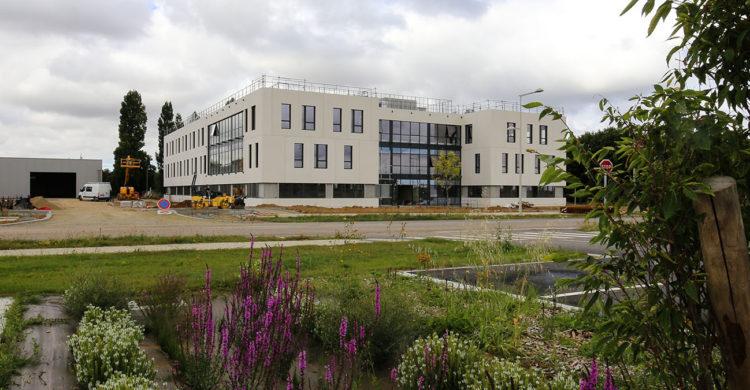Zone d'activités Koenig à Caen en Normandie - atelier, bureaux et terrains